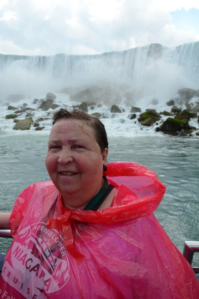 Niagara Falls 2c Hornblower Falls Tour (74)